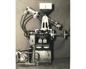R-2 Machine 1964